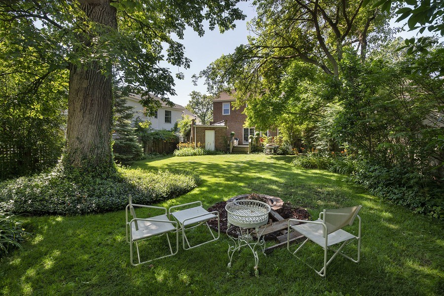 Real Estate Photography - 399 Jackson, Glencoe, IL, 60022 - Rear Exerior/Backyard