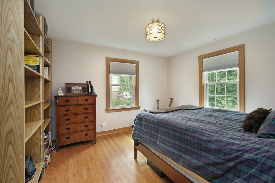 Real Estate Photography - 399 Jackson, Glencoe, IL, 60022 - 2nd level Bedroom