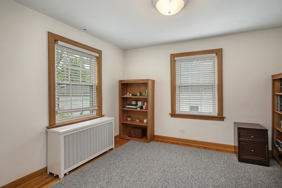 Real Estate Photography - 399 Jackson, Glencoe, IL, 60022 - 2nd level Bedroom/Office