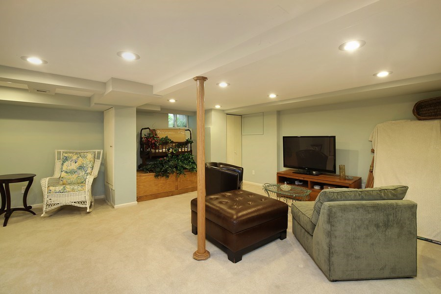 Real Estate Photography - 399 Jackson, Glencoe, IL, 60022 - Lower Level Rec Room
