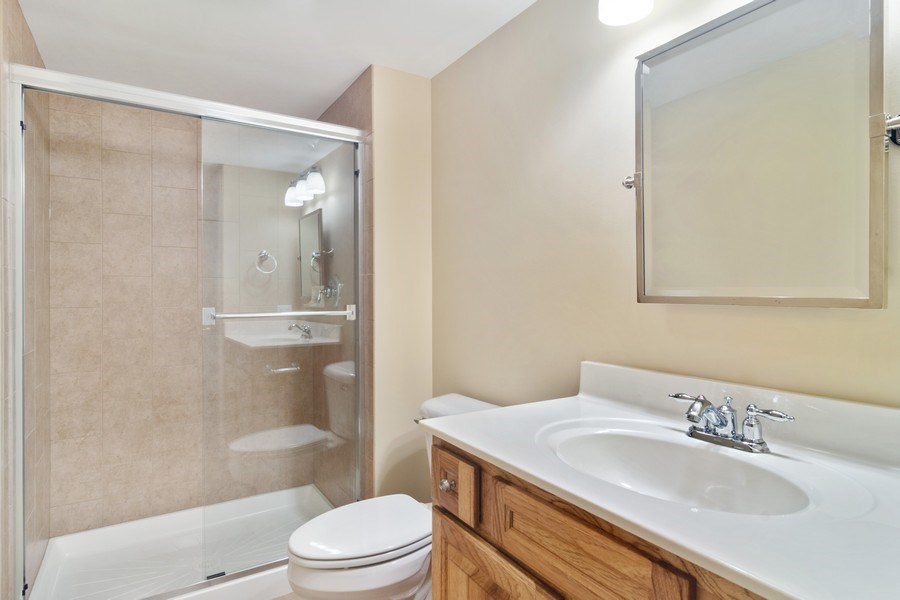 Real Estate Photography - 28385 W Harvest Glen Cir, Cary, IL, 60013 - Lower Level Full Bath