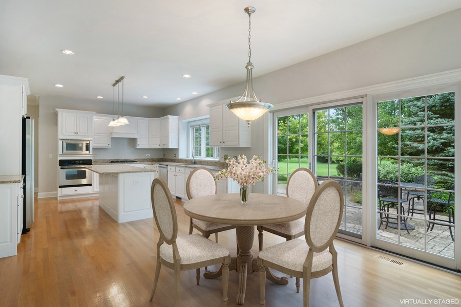 Real Estate Photography - 28385 W Harvest Glen Cir, Cary, IL, 60013 - Kitchen / Breakfast Room