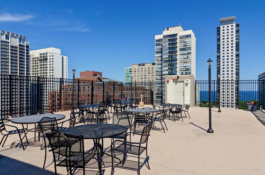 Real Estate Photography - 450 W Briar Pl, Unit 10k, Chicago, IL, 60657 - Roof Deck