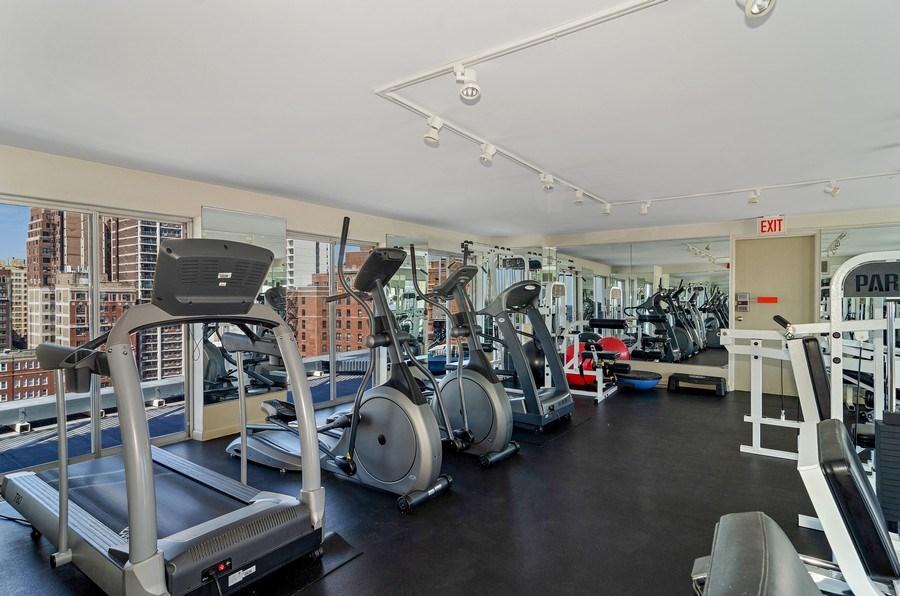 Real Estate Photography - 450 W Briar Pl, Unit 10k, Chicago, IL, 60657 - Fitness Center