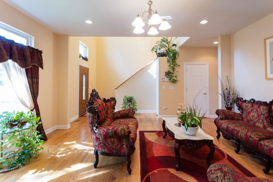Real Estate Photography - 515 LaPorte Ave, Northlake, IL, 60164 - Living Room