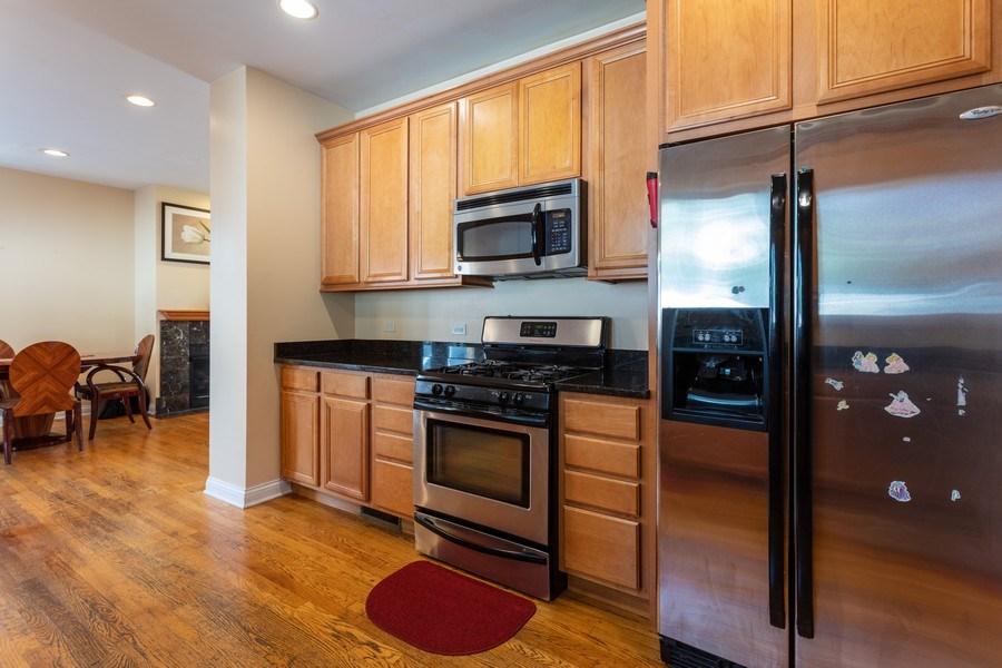 Real Estate Photography - 515 LaPorte Ave, Northlake, IL, 60164 - Kitchen
