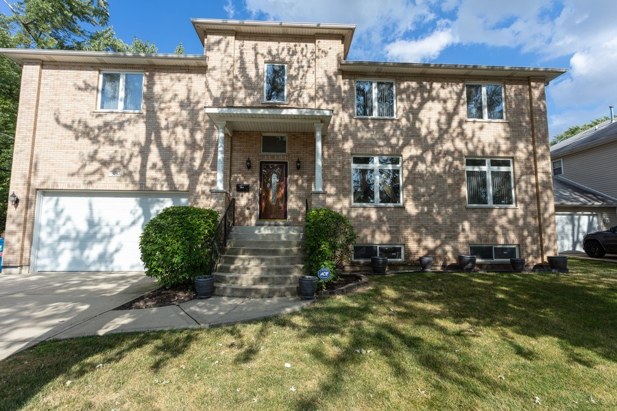 Real Estate Photography - 515 LaPorte Ave, Northlake, IL, 60164 - Front View
