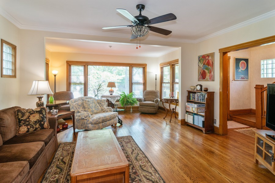 Real Estate Photography - 432 Selborne Rd, Riverside, IL, 60546 - Living Room