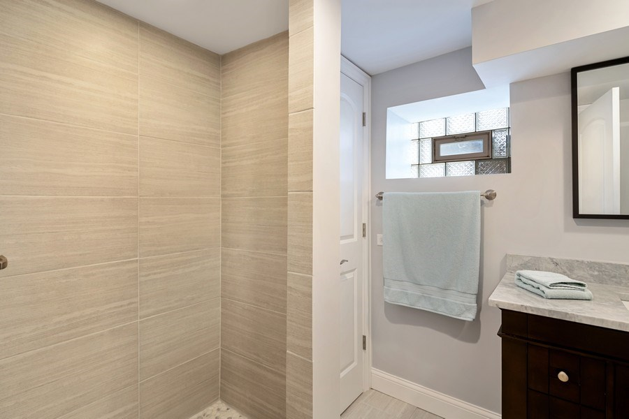 Real Estate Photography - 3417 N Oakley, Chicago, IL, 60657 - 3rd Bathroom