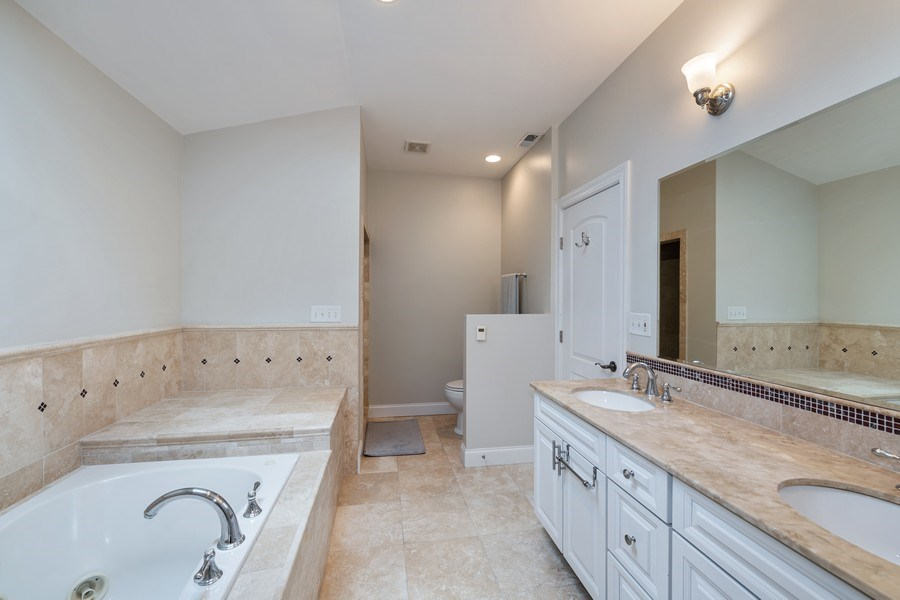 Real Estate Photography - 3417 N Oakley, Chicago, IL, 60657 - Master Bathroom