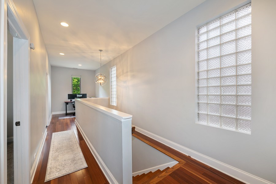 Real Estate Photography - 3417 N Oakley, Chicago, IL, 60657 - Hallway