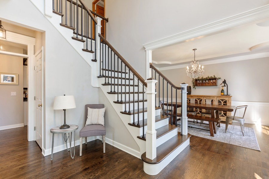 Real Estate Photography - 4N530 School, St. Charles, IL, 60175 - Foyer