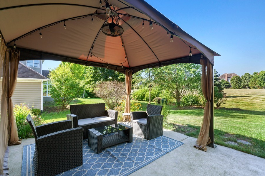 Real Estate Photography - 4N530 School, St. Charles, IL, 60175 - Patio