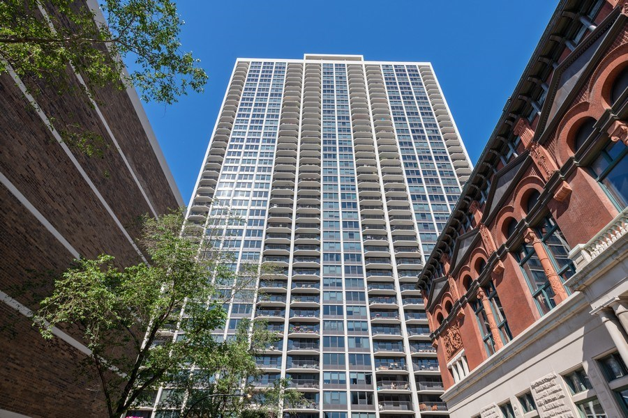 Real Estate Photography - 1560 N Sandburg Ter 904, Chicago, IL, 60610 - Front View