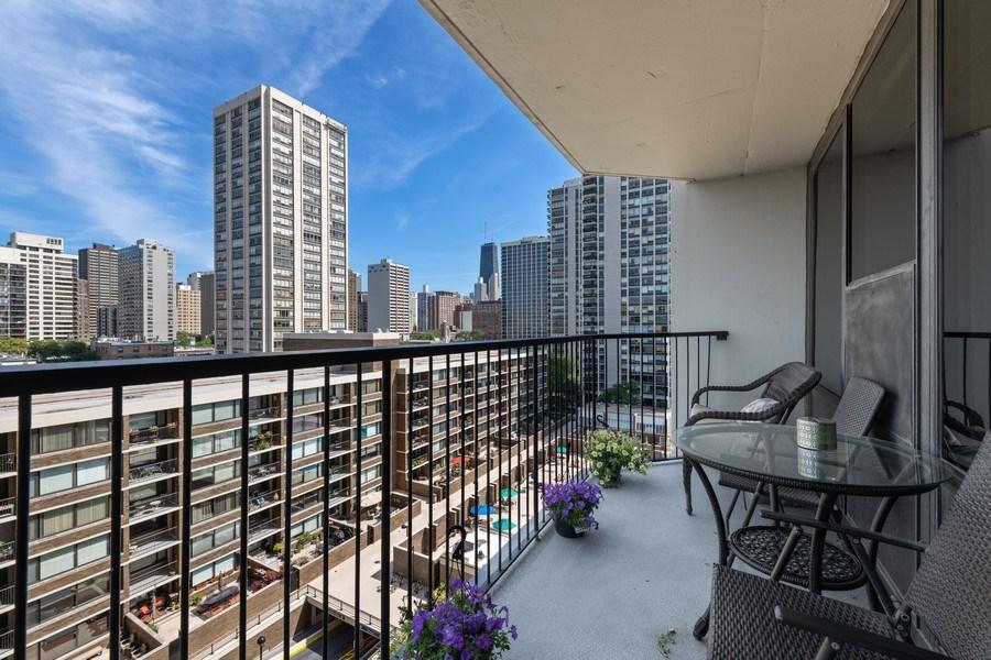 Real Estate Photography - 1560 N Sandburg Ter 904, Chicago, IL, 60610 - Balcony