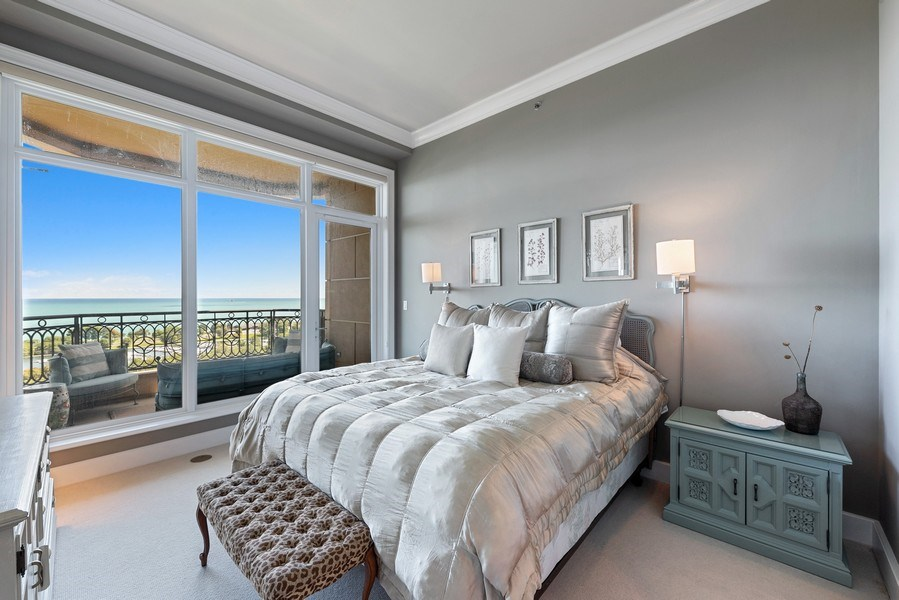 Real Estate Photography - 2550 N. Lakeview Ave., S1805, Chicago, IL, 60614 - Master Bedroom