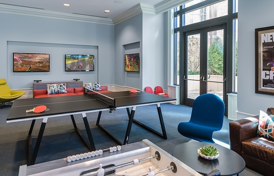 Real Estate Photography - 2550 N. Lakeview Ave., S1805, Chicago, IL, 60614 - Game Room