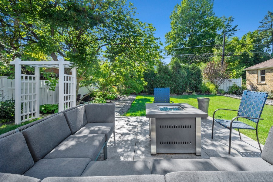 Real Estate Photography - 530 S Belmont Ave, Arlington Heights, IL, 60005 - Patio
