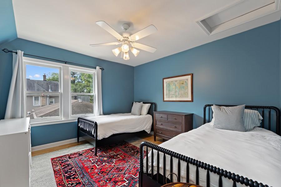 Real Estate Photography - 428 N Kensington Ave, La Grange Park, IL, 60526 - 2nd Bedroom