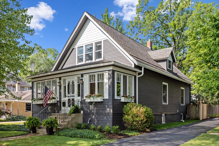 Real Estate Photography - 428 N Kensington Ave, La Grange Park, IL, 60526 - Front View