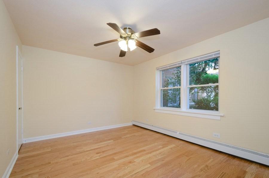 Real Estate Photography - 622 Oakton, #1, Evanston, IL, 60202 - Bedroom