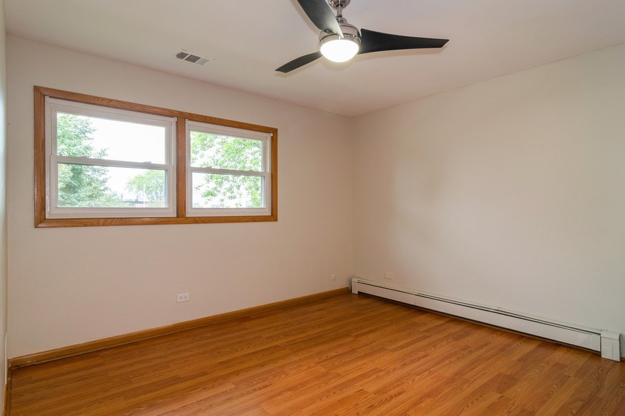 Real Estate Photography - 1510 E Northwest Highway, 1510 E Northwest Highway, Arlington Heights, IL, 60004 - Living Room