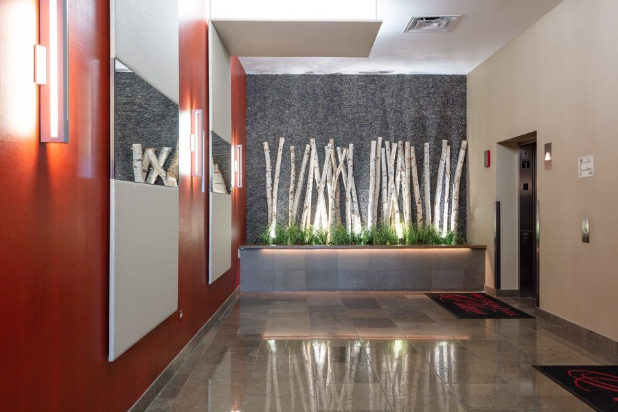 Real Estate Photography - 1841 s calumet, chicago, IL, 60616 - Lobby
