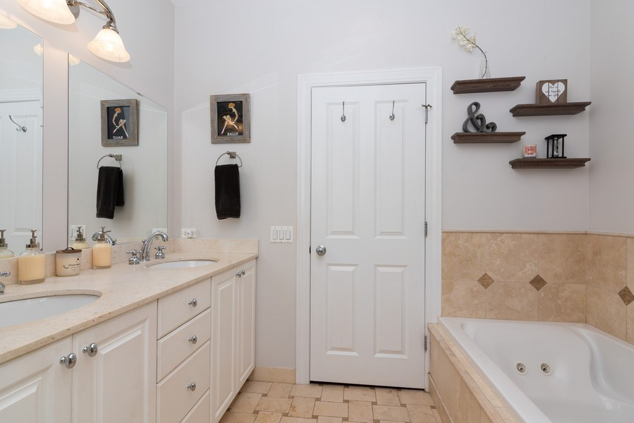 Real Estate Photography - 2451 N Clybourn, Chicago, IL, 60614 - Master Bathroom