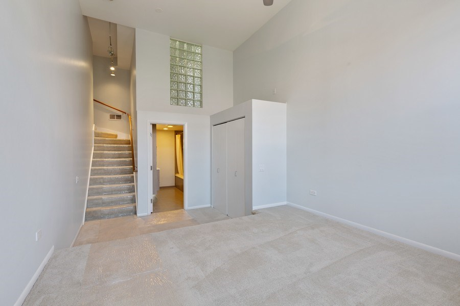 Real Estate Photography - 1445 W. Belden Ave, Unit 3K, Chicago, IL, 60614 - 2nd Bedroom
