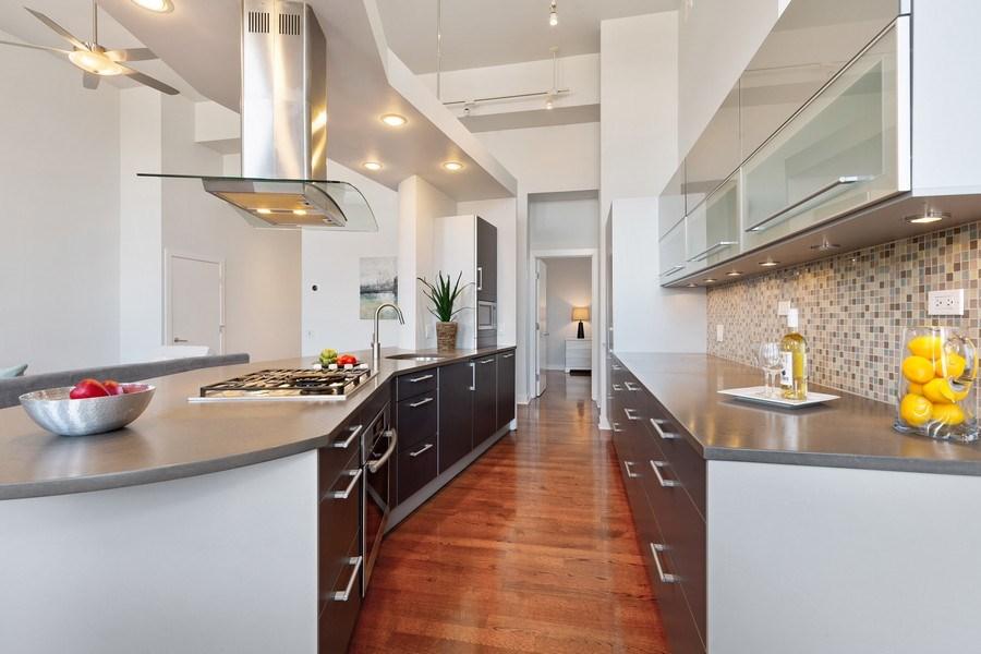 Real Estate Photography - 1445 W. Belden Ave, Unit 3K, Chicago, IL, 60614 - Kitchen