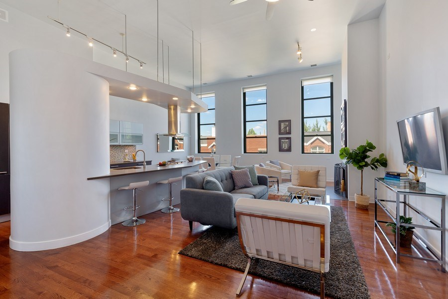 Real Estate Photography - 1445 W. Belden Ave, Unit 3K, Chicago, IL, 60614 - Kitchen / Living Room