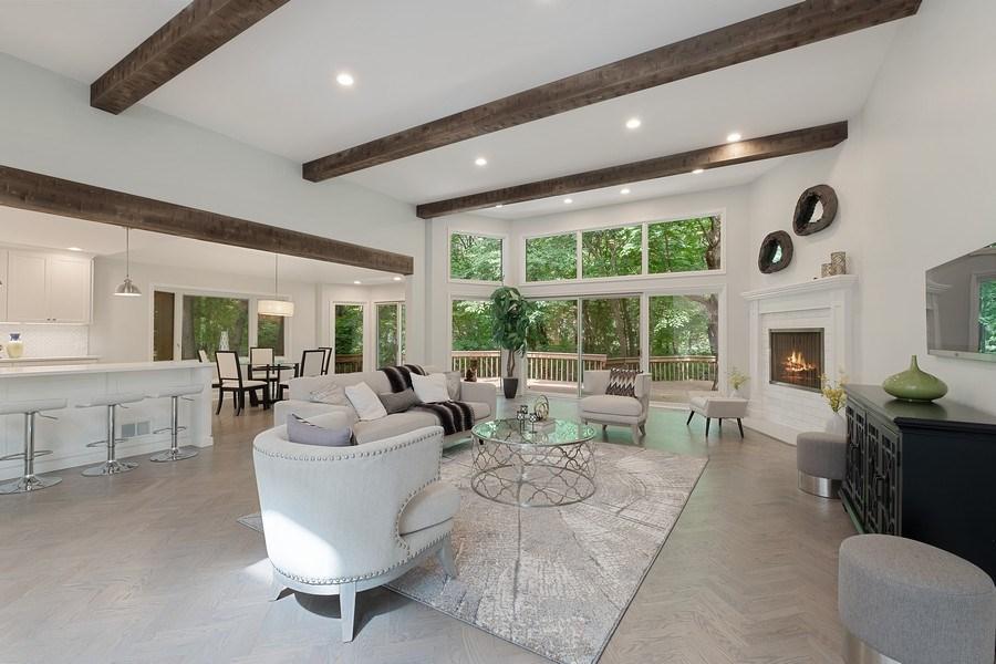 Real Estate Photography - 195 Linden Park Pl, Highland Park, IL, 60035 - Living Room