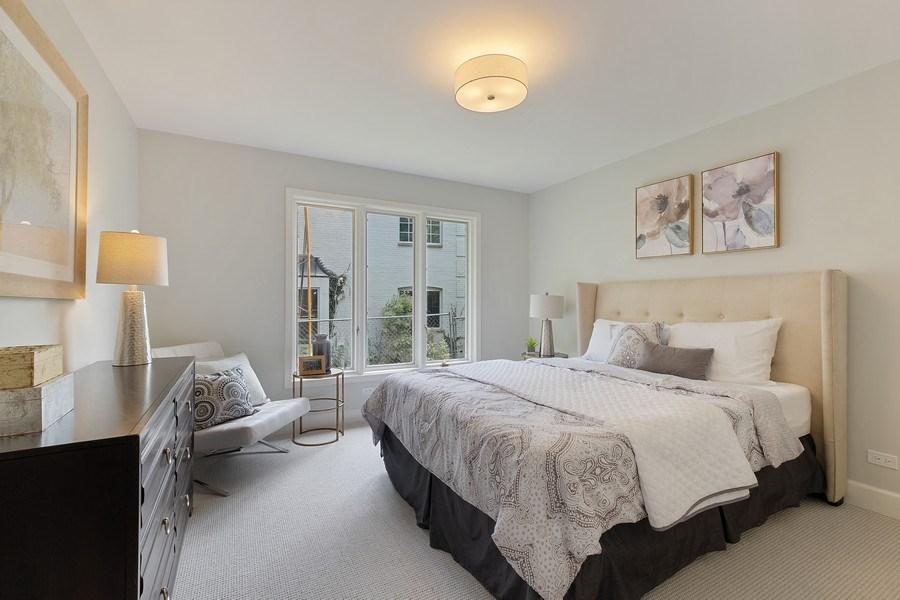 Real Estate Photography - 195 Linden Park Pl, Highland Park, IL, 60035 - 2nd Bedroom