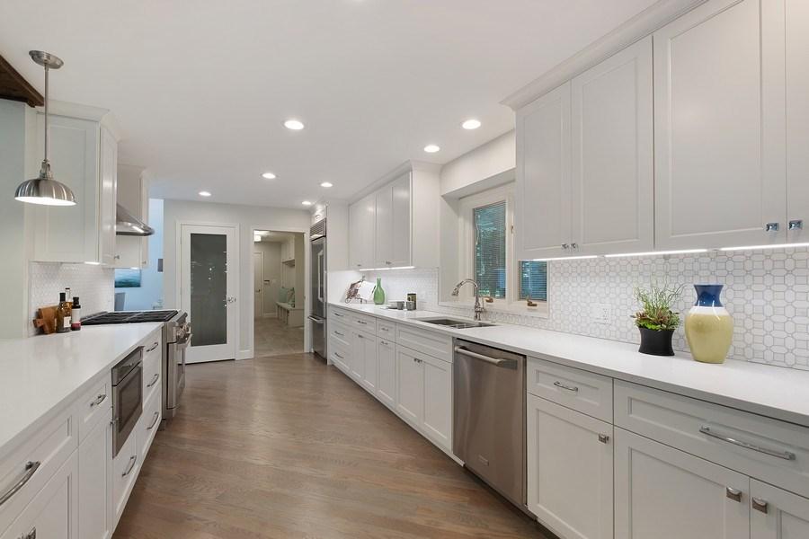 Real Estate Photography - 195 Linden Park Pl, Highland Park, IL, 60035 - Kitchen