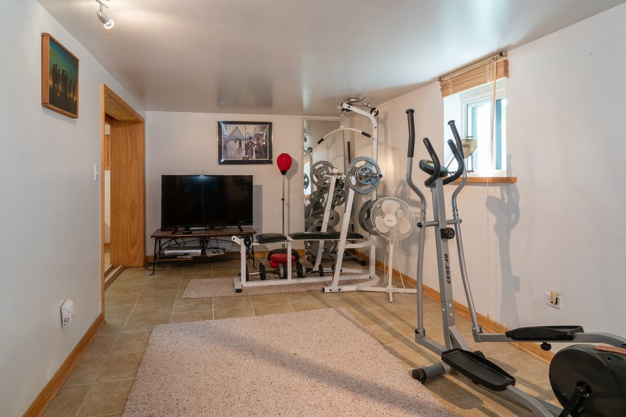 Real Estate Photography - 94 Northgate Rd, Riverside, IL, 60546 - Basement