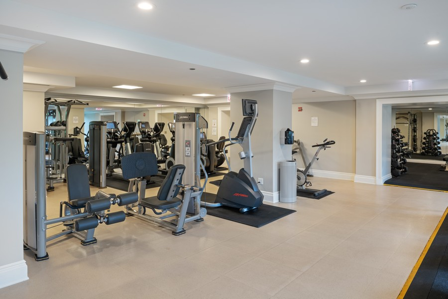 Real Estate Photography - 2550 N Lakeview, Unit S1205, Chicago, IL, 60614 - Gym
