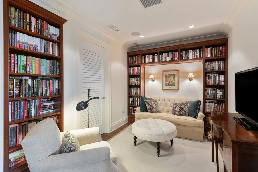 Real Estate Photography - 2550 N Lakeview, Unit S1205, Chicago, IL, 60614 - Den/Library