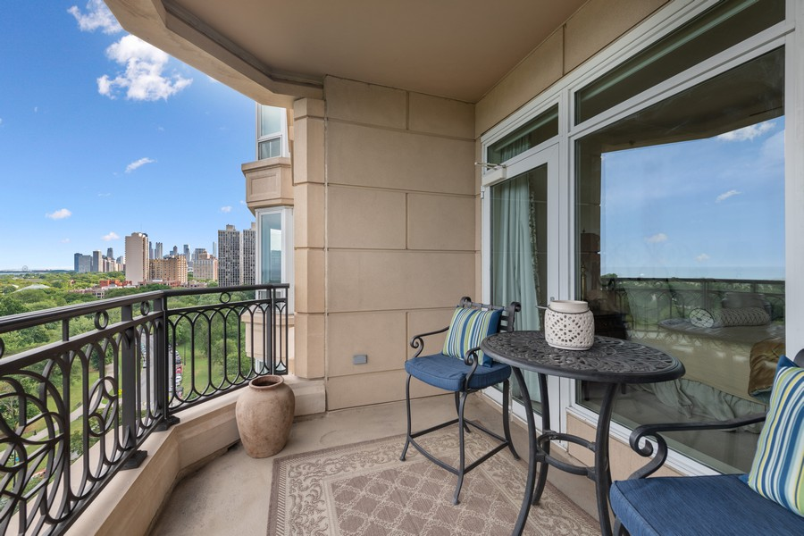 Real Estate Photography - 2550 N Lakeview, Unit S1205, Chicago, IL, 60614 - Balcony