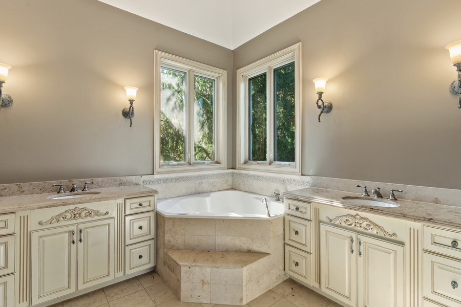 Real Estate Photography - 19 Rolling Hills Dr, Barrington Hills, IL, 60010 - First Floor Master Bathroom