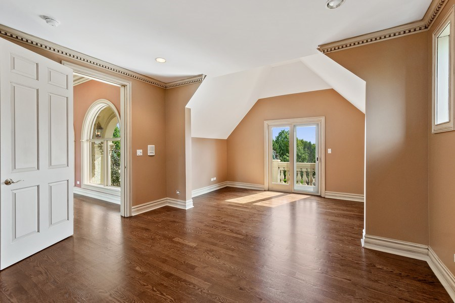 Real Estate Photography - 19 Rolling Hills Dr, Barrington Hills, IL, 60010 - 4th Bedroom