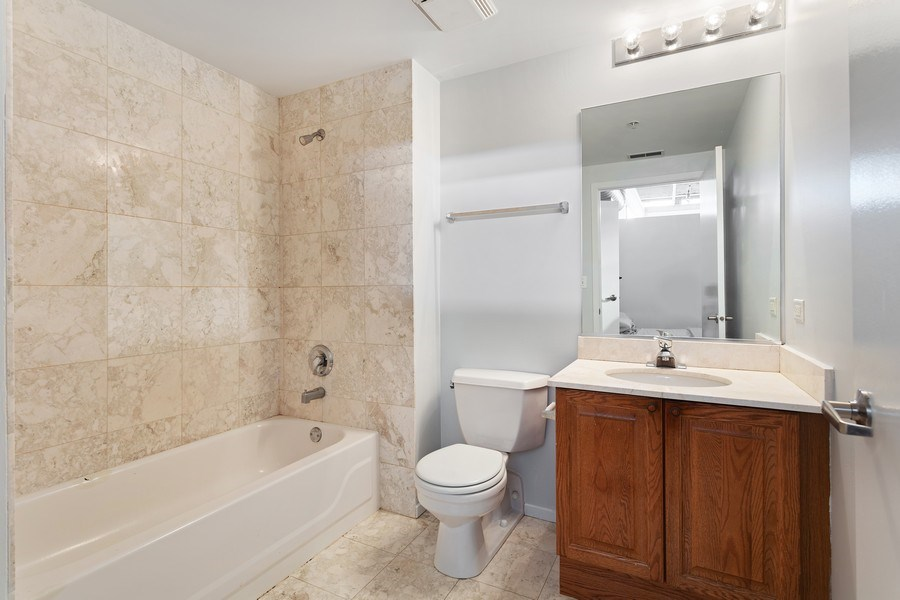 Real Estate Photography - 817 W Washington, Unit 606, Chicago, IL, 60607 - Bathroom