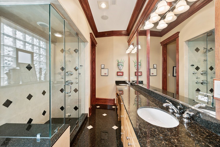 Real Estate Photography - 1359 N Mohawk Ave, Unit 4, Chicago, IL, 60610 - 3rd Bathroom