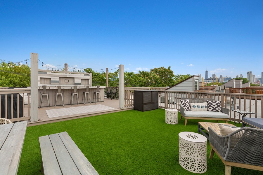 Real Estate Photography - 400 N Racine, 219, Chicago, IL, 60642 -