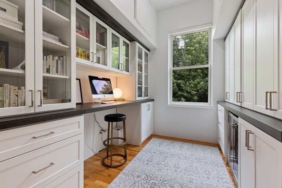 Real Estate Photography - 400 N Racine, 219, Chicago, IL, 60642 - Den