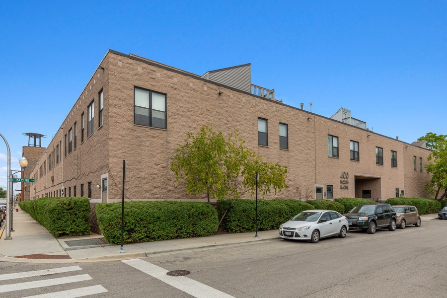 Real Estate Photography - 400 N Racine, 219, Chicago, IL, 60642 - Front View