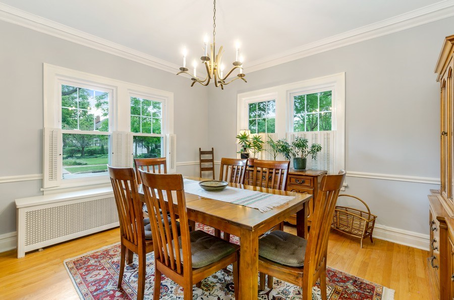 Real Estate Photography - 2131 Lincolnwood, Evanston, IL, 60201 - Dining Room