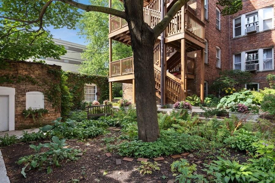 Real Estate Photography - 809 Ridge, Unit 3, Evanston, IL, 60202 - Back Yard