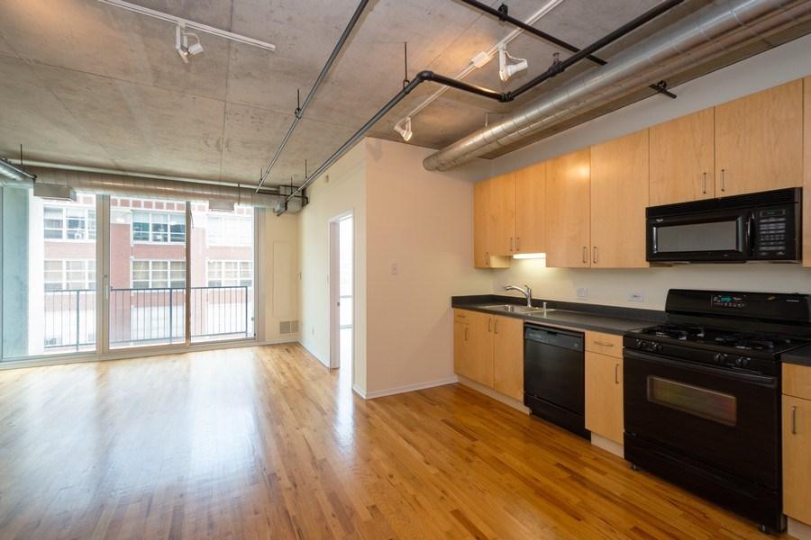 Real Estate Photography - 700 W Van Buren St, Unit 703, Chicago, IL, 60607 - Living Room