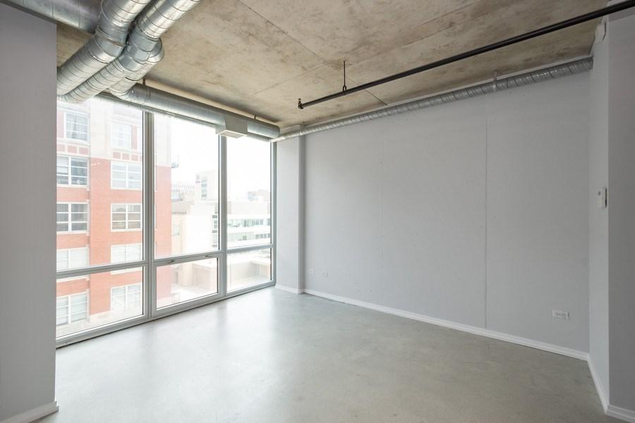 Real Estate Photography - 700 W Van Buren St, Unit 703, Chicago, IL, 60607 - Bedroom