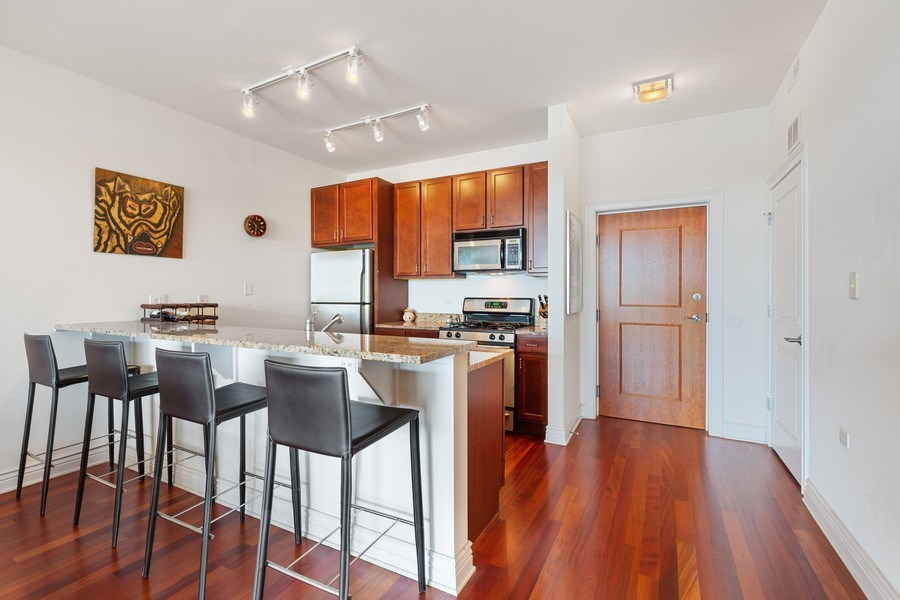 Real Estate Photography - 3300 W Irving Park Rd, Unit B3, Chicago, IL, 60618 - Kitchen
